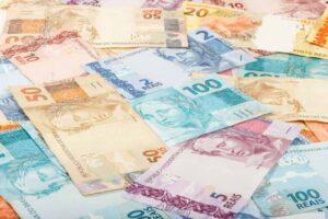 ewally-dinheiro-em-especie