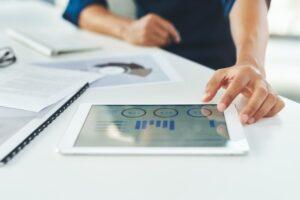 tecnologia no controle das finanças